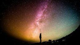 Universo Interiore Piaipier - Una Guida per Scoprire l'Essenza delle Cose.